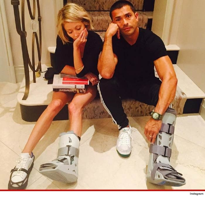 Kelly Ripa And Mark Consuelos Are Now Sporting Matching