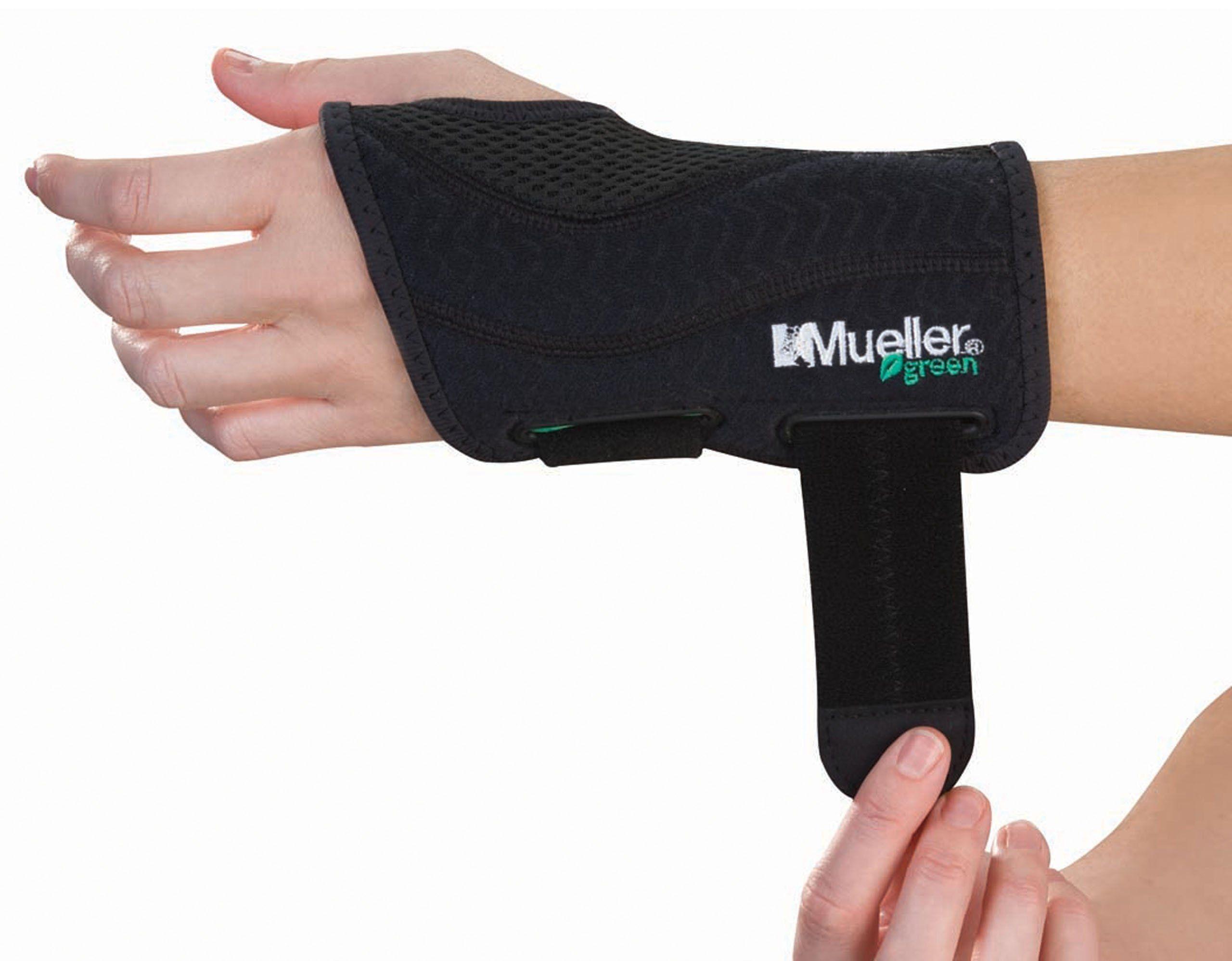 Mueller Green Fitted Wrist Brace Black Left Hand Small Medium Wrist Brace Braces Left Handed