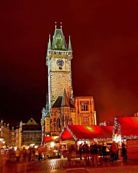 Christmas Market in Prague's Old Town Square - Hynek Moravec