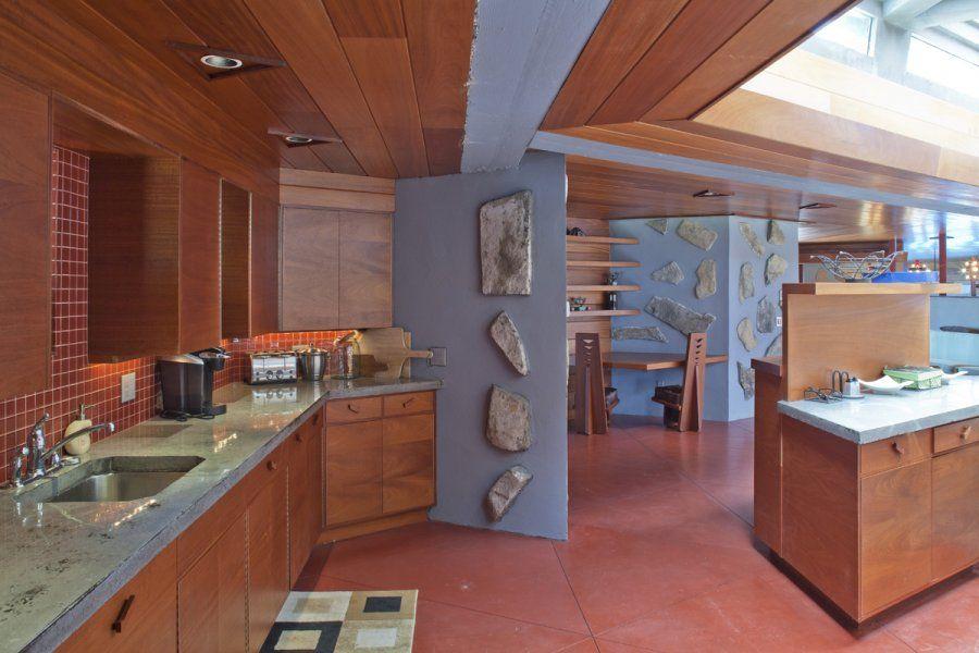 Superior House Tours, Modern Lakehouse Kitchen Wooden Ceiling: Frank Lloyd Wrightu0027s  Heart Island House Design