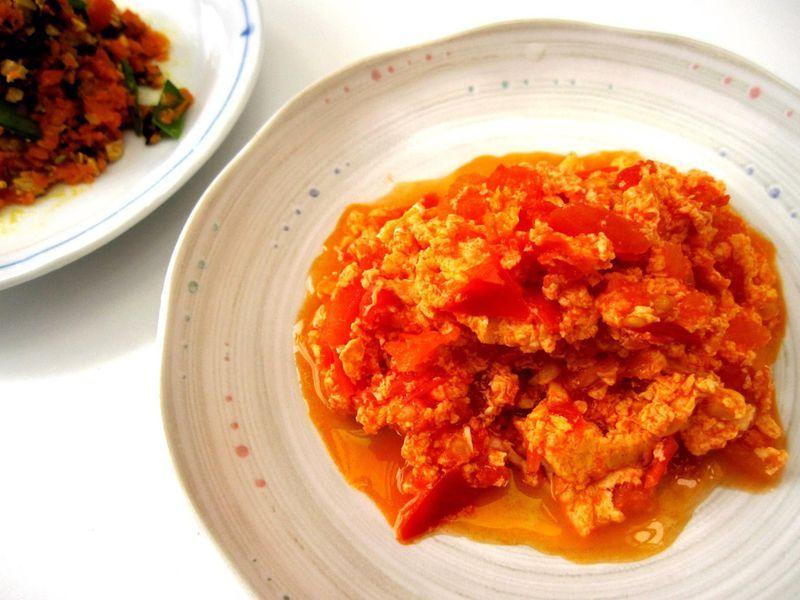 隨興炒的午餐:【番茄炒蛋】