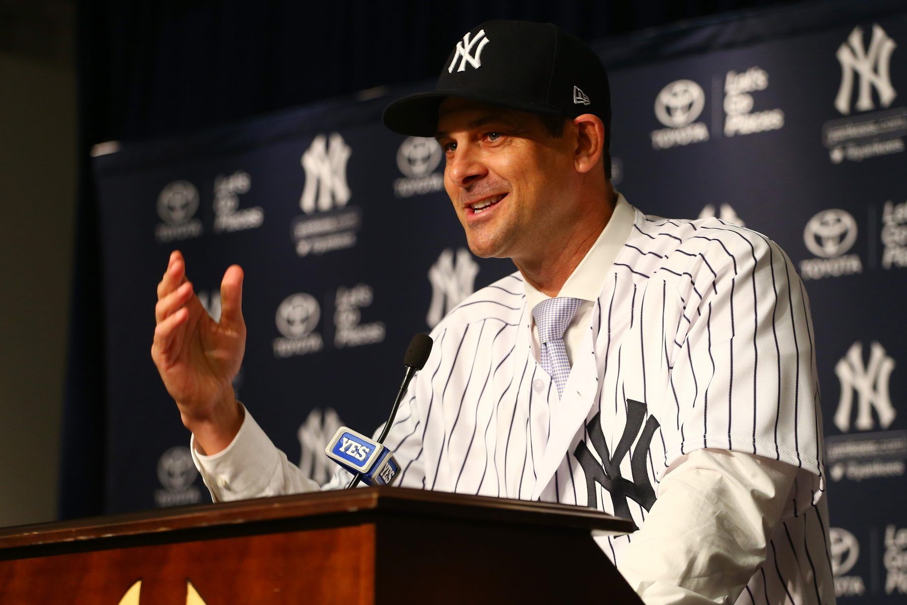 For the second time in 44 years, Aaron Boone put on the