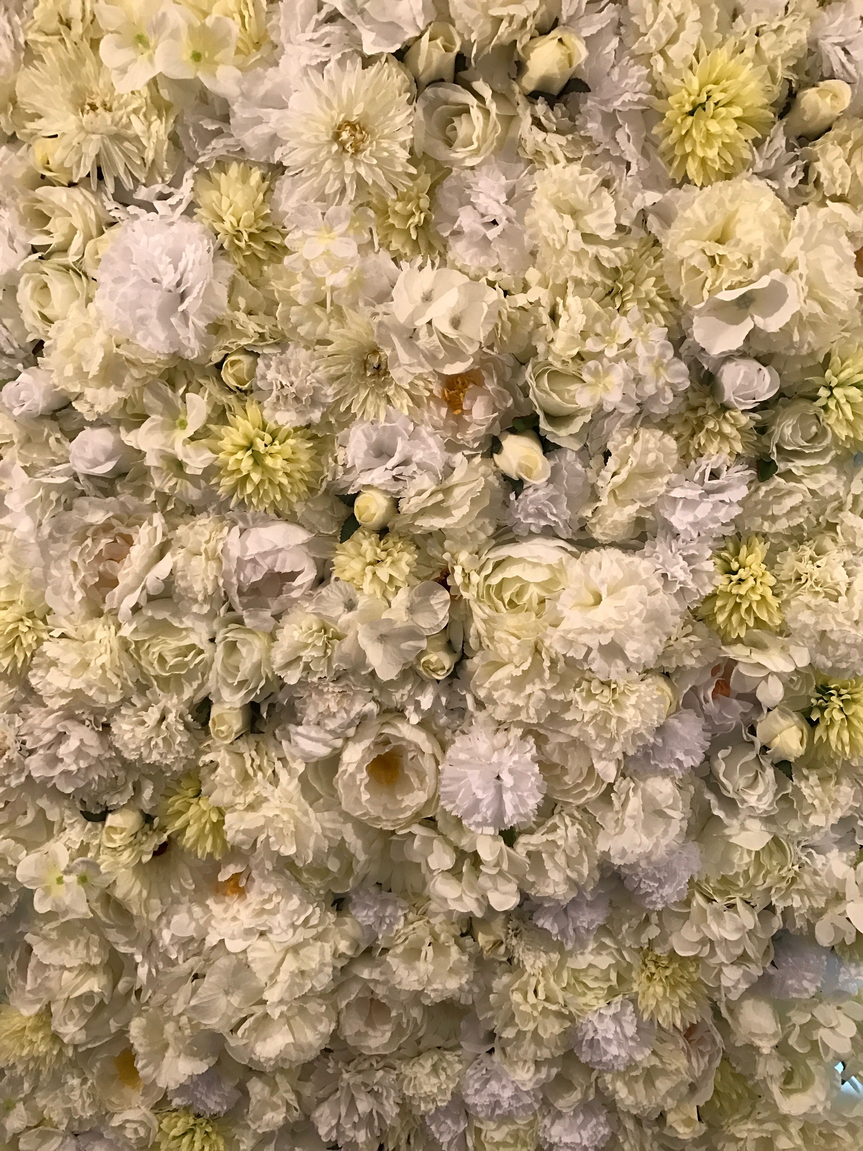 Kim Kardashian Inspired Wedding Flower Wall Available For Rent At Your Event Weddingflowerwall
