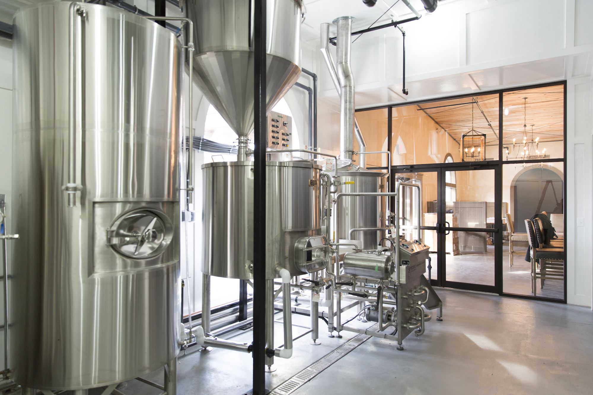 Oooo Shiny Love This Brewery Setup At Edmund S Oast In Sc Brew Pub Nano Brewery Brewing