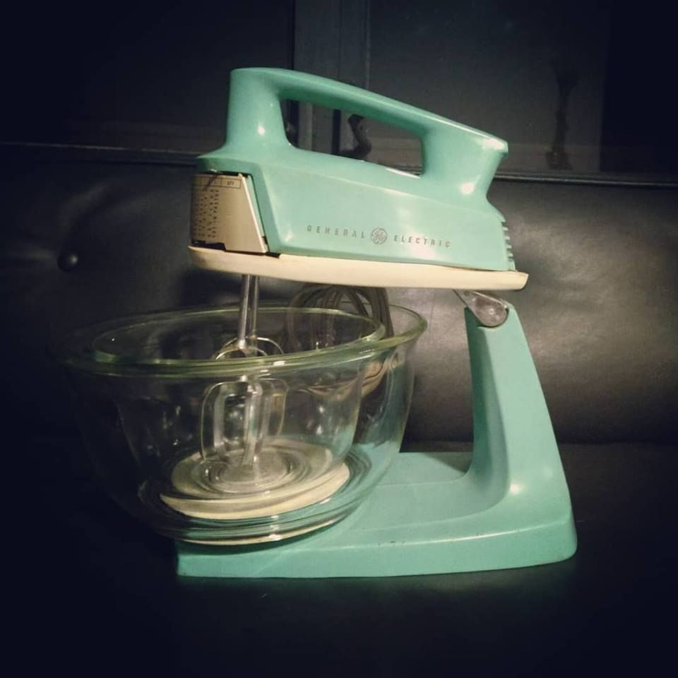 General Electric Hand Mixer Still Using Mine They Were Built To Last Electric Hand Mixer Kitchen Accessories Decor Old Things