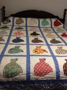 Dutch Doll Quilt - Free Pattern and Instructions by ... : doll quilts patterns - Adamdwight.com