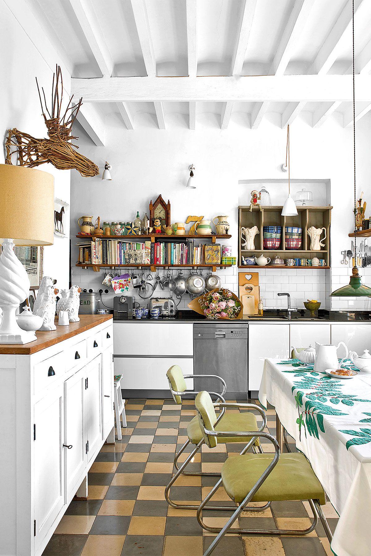 La Casa En El Centro De Palma De Mila Lazaro Decoracion De Cocina Decoracion De Cocina Moderna Y Decoracion De Cocinas Rusticas