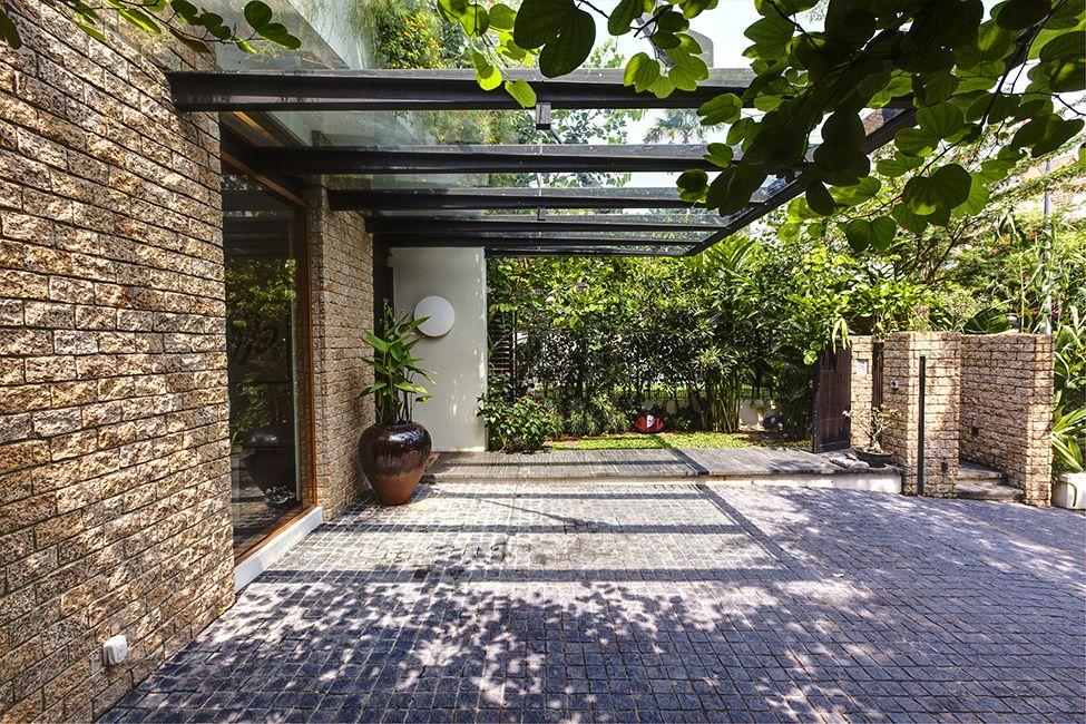 Вертикальные сады частного особняка в Сингапуре