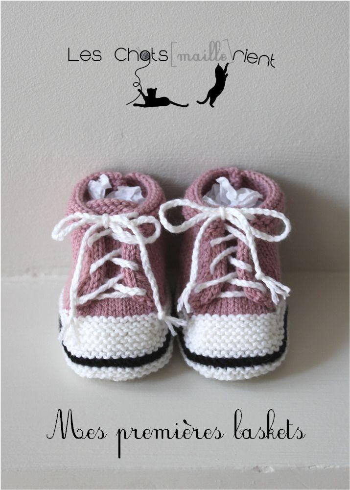 2e8783bac59db Chaussons bébé tricotés à la main, style baskets, roses, 0-3 mois   Mode  Bébé par les-chatsmaillerient