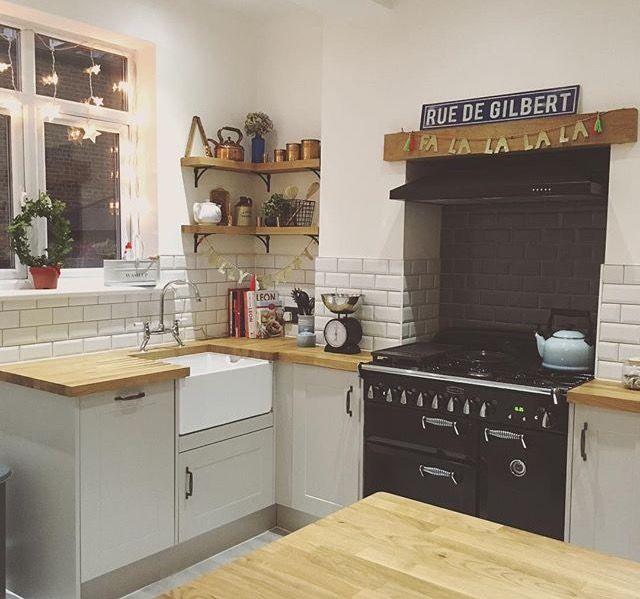 Kitchen Chimney Interior Design: Pin By Eileen Read On Kitchens In 2019