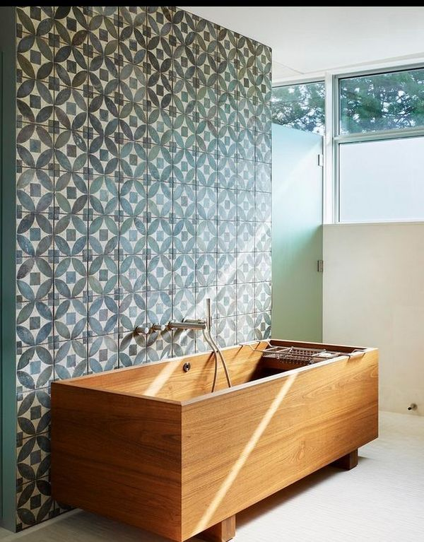 Deep-Soaking Japanese Bathtubs Turn The Bathroom Into A Spa ...