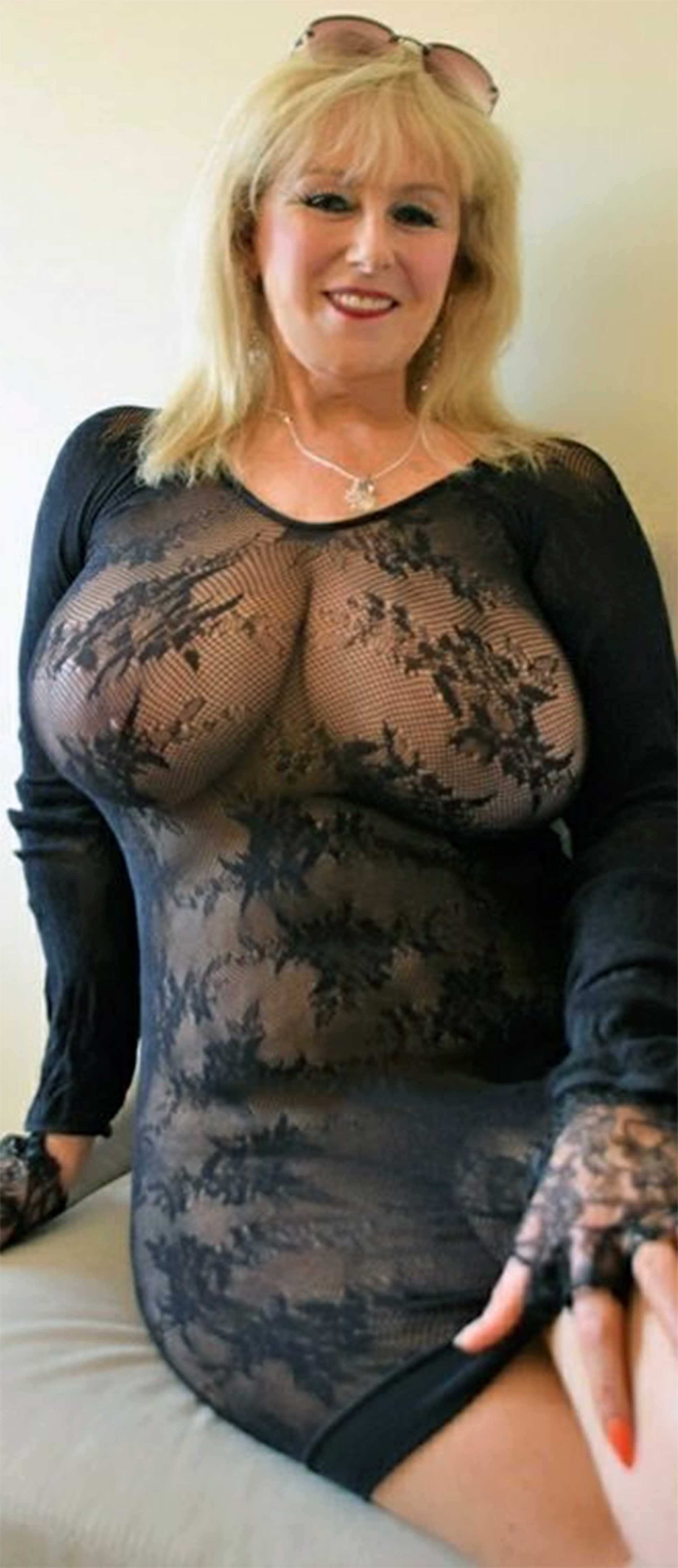 attractive & happy womanlobe tjat | big | pinterest | woman