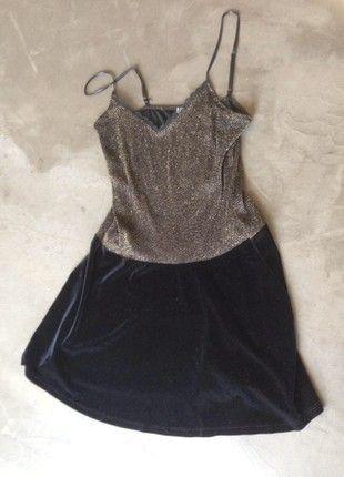 48e2ab3163af Robe Promod noire et doré taille L   Vinted   Pinterest