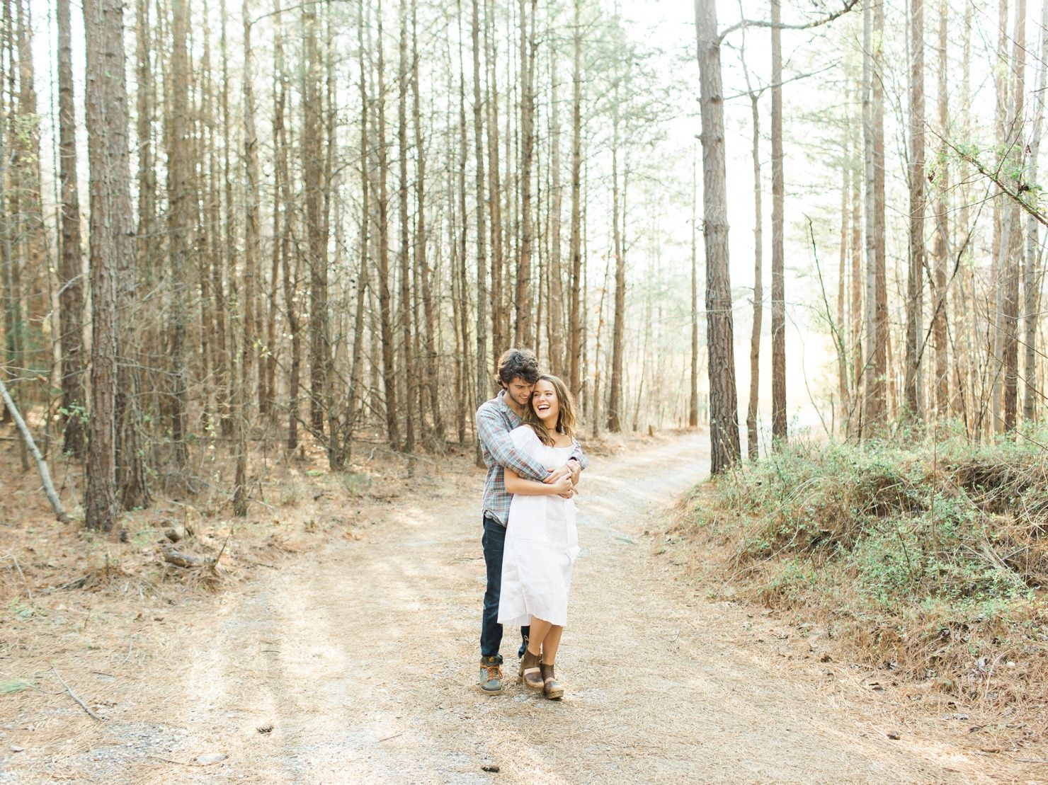 Mary Kate   John Luke Robertson \ Cozy Cabin Shoot with Deeply Rooted Magazine