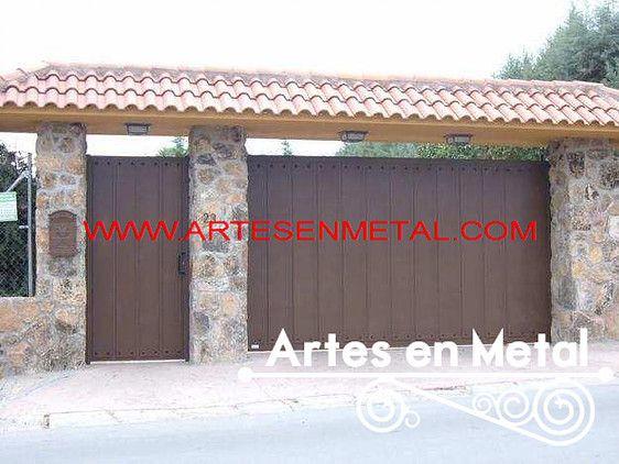 Fabrica de estructuras metalicas y herreria catalogo de for Puertas metalicas exterior