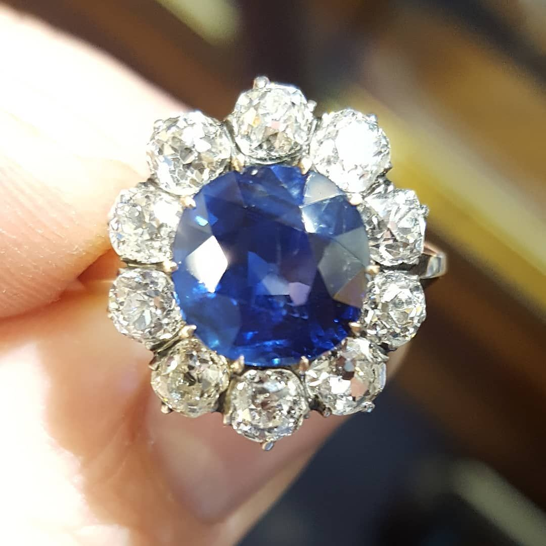 sapphire platinum gia ring and rare diamond unheated i