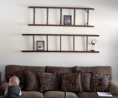 Vintage Wood Ladder Wall Decoration Over Couch So Many People Find Ladders In The Trash I Had To Pay 50 For The One That Decor Home Diy Repurposed Ladders