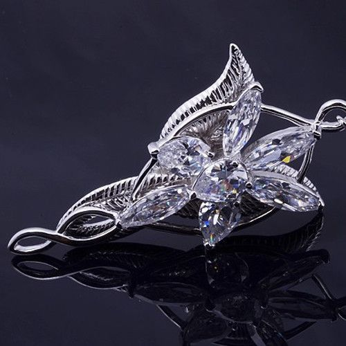 Lord of the rings arwens evenstar silver pendant necklace el lord of the rings arwens evenstar silver pendant necklace aloadofball Choice Image