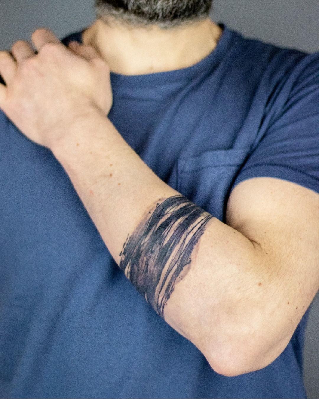 ABSTRACT ARMBAND by @walterdavignon⠀ ⠀ #inklife #inkmaster #inkedmagazine #inkfeature #inkpen #inkaddict #inkedup #inkaddicts #inkedgirls #inkmagazine #inked #inkedgirl #inkmag #bracelettattoo #tattooartist #tattooer #tattooist  #tattoos_of_instagram #tattoolifestyle #tattoo2me #tattooing #tattoostyle #tattooed #tattoolover #tattooideas #tattoosleeve #tattoomagazine #tattoocommunity #tattoomodel #tattooinspiration