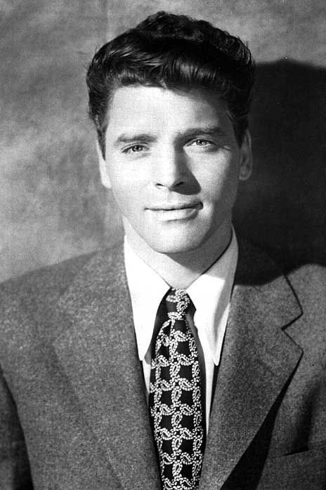 James Coburn 1928-2002 | Old movie stars, Movie stars