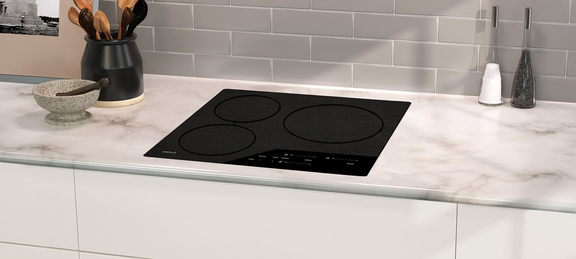 24 Wolf Induction Cooktop Three Elements And Bridging Option To Accommodate Diffe Pan Sizes Can Be Installed Flush With Countertop For Smooth