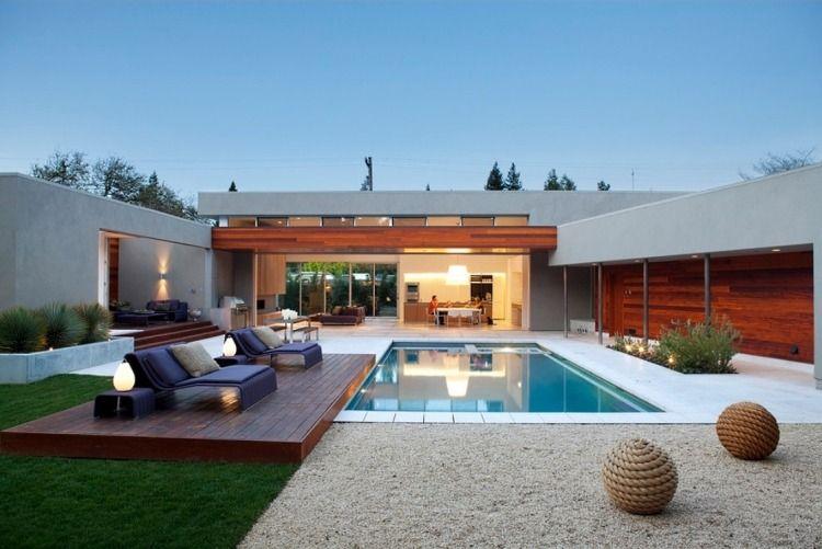 großer Hinterhof mit Terrasse und pool garten Pinterest - moderne gartengestaltung mit pool
