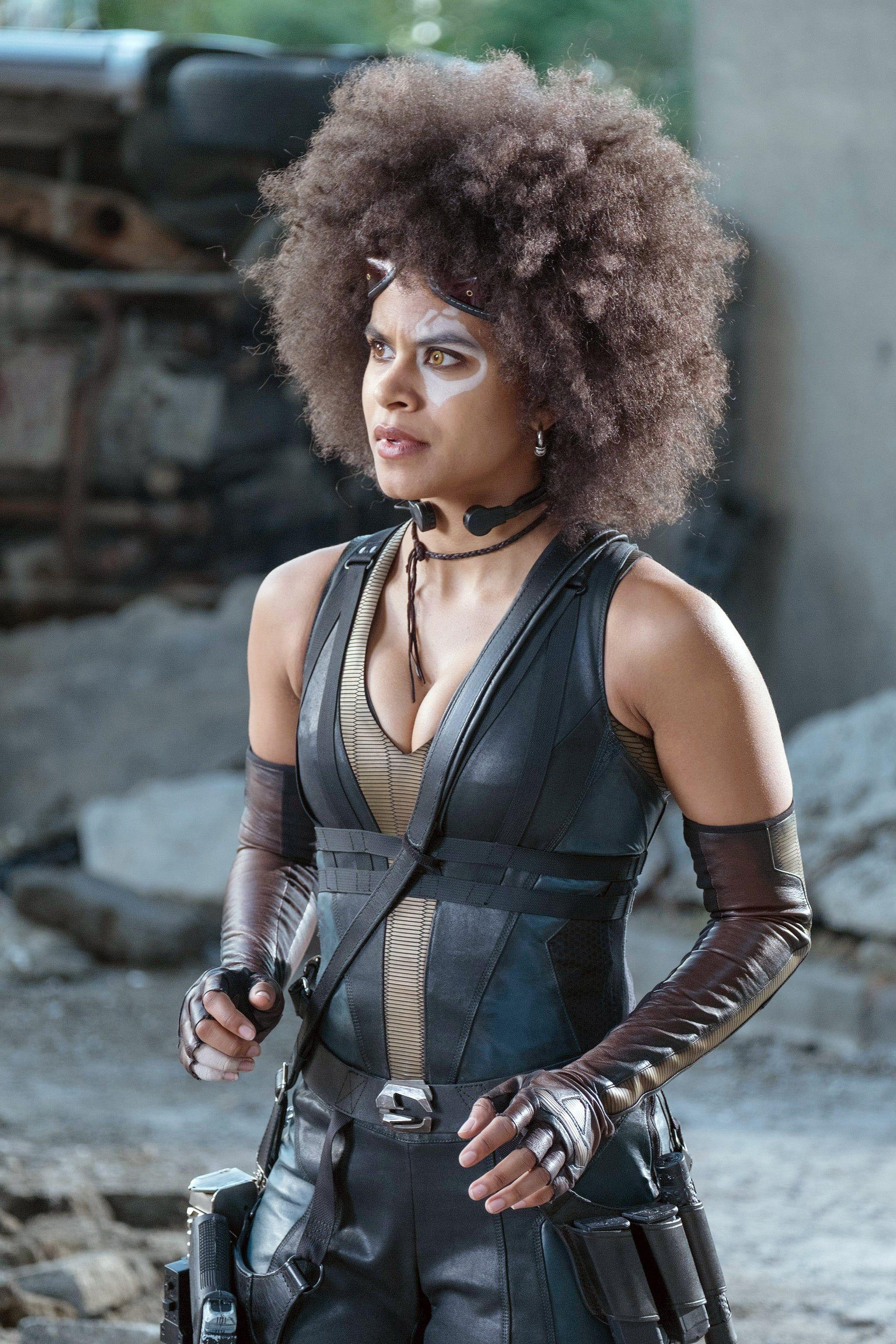 Domino From Deadpool 2 Domino Marvel Halloween Costumes For Brunettes Zazie Beetz
