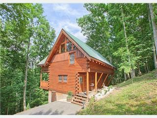 3 Bedroom Log Cabin in Brothers Cove. Sleeps 6. Pool Table. Hot Tub. Vacation Rental in Sevierville from @homeaway! #vacation #rental #travel #homeaway