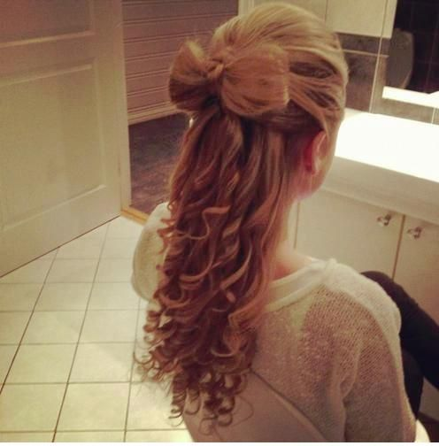 Bow Hairstyle Hair Bow Curls  Prom Hairstyles  Pinterest  Hair Bow Hair Style
