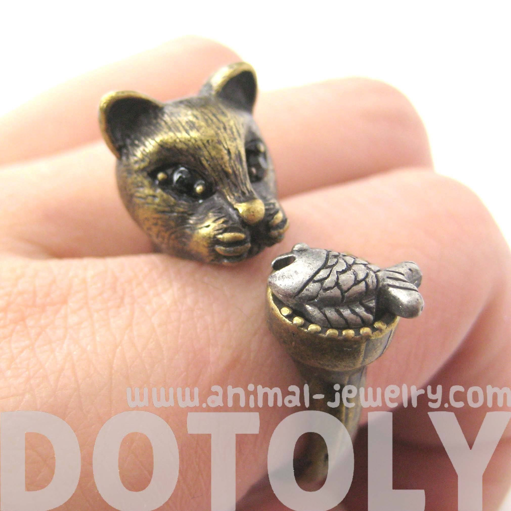 Details Sizing A detailed kitty cat animal ring made