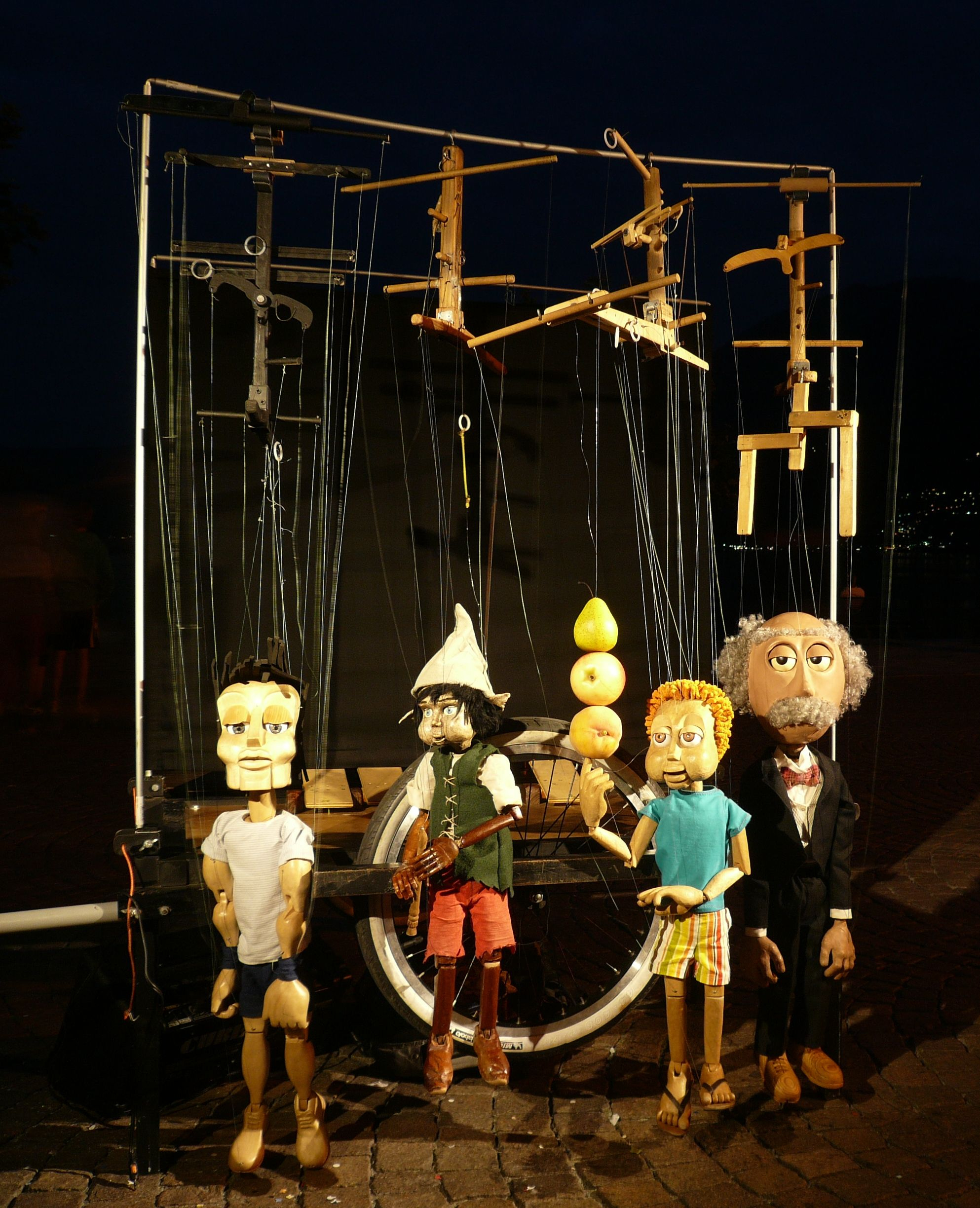 marionette puppet stages