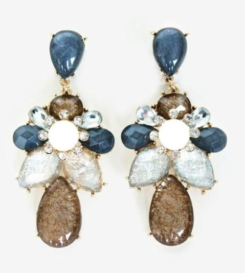Love the bold blue hues of these earrings! And Bonus: they are on sale right now <3 $17.85