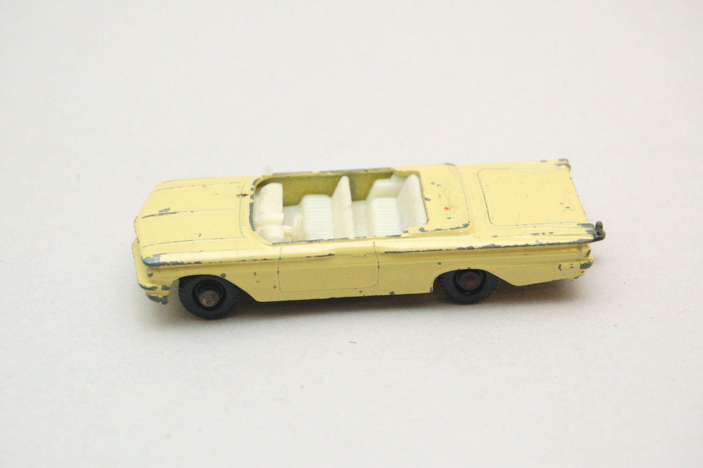 Details about  /Matchbox Lesney 39 b Pontiac Convertible Plastic Windscreen