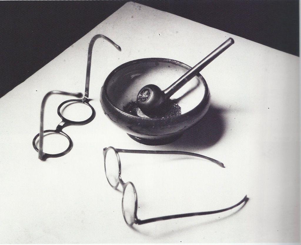 André kertesz Lunettes et pipe de Mondrian