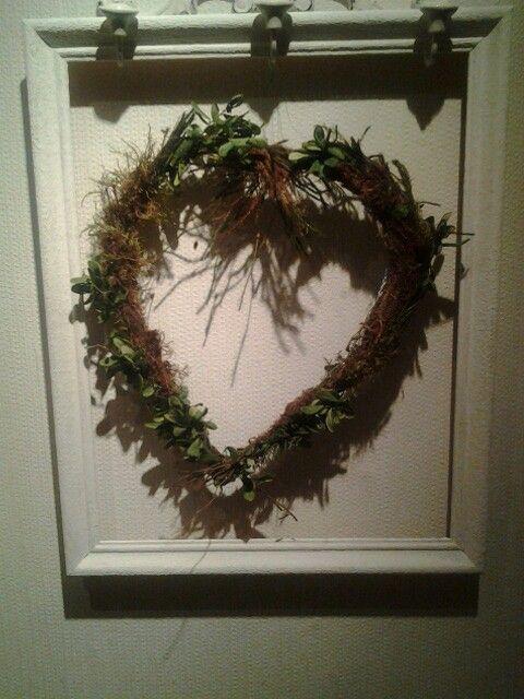 Hjärta med lingonris & mossa