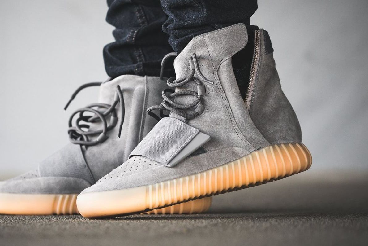 Kanye West x Adidas Yeezy 750 Boost 'Grey/Gum' (glow in the