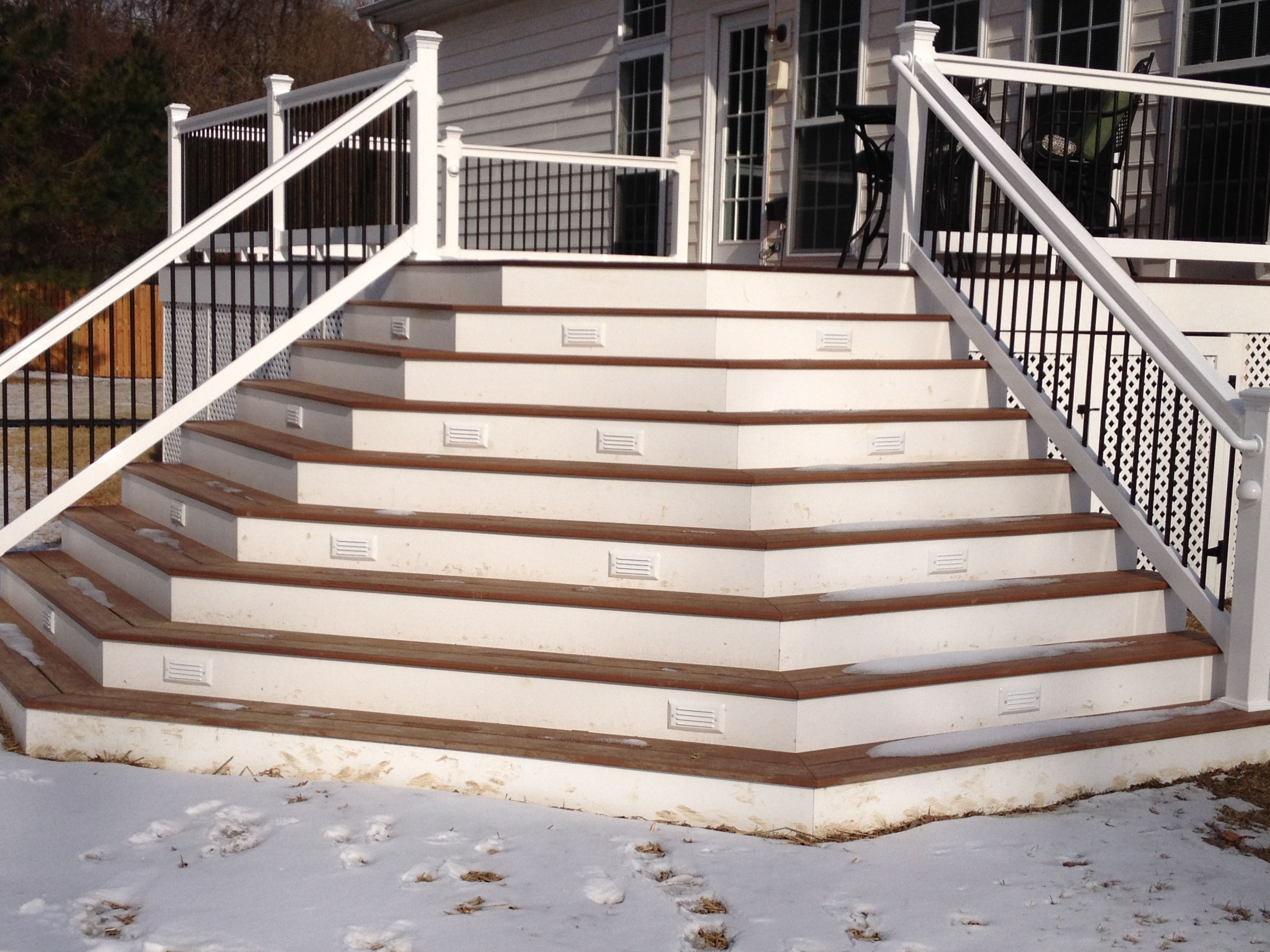 Trex decking with wrap around stairs decks pinterest for Composite deck railing