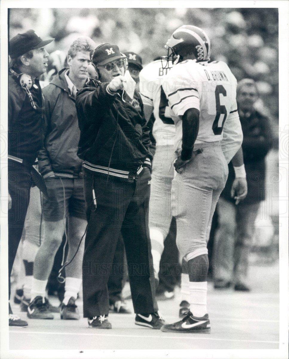 1987 Press Photo Ann Arbor MI UM Wolverines FB Bo