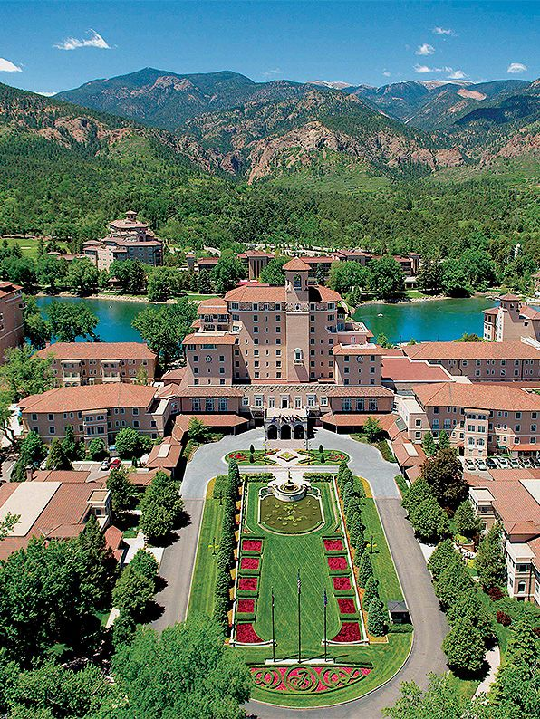 The Broadmoor Was Built In Early 20th Century As Grand Dame Of Rockies Sitting At An Elevation 6 230 Feet Above Sea Level Hotel