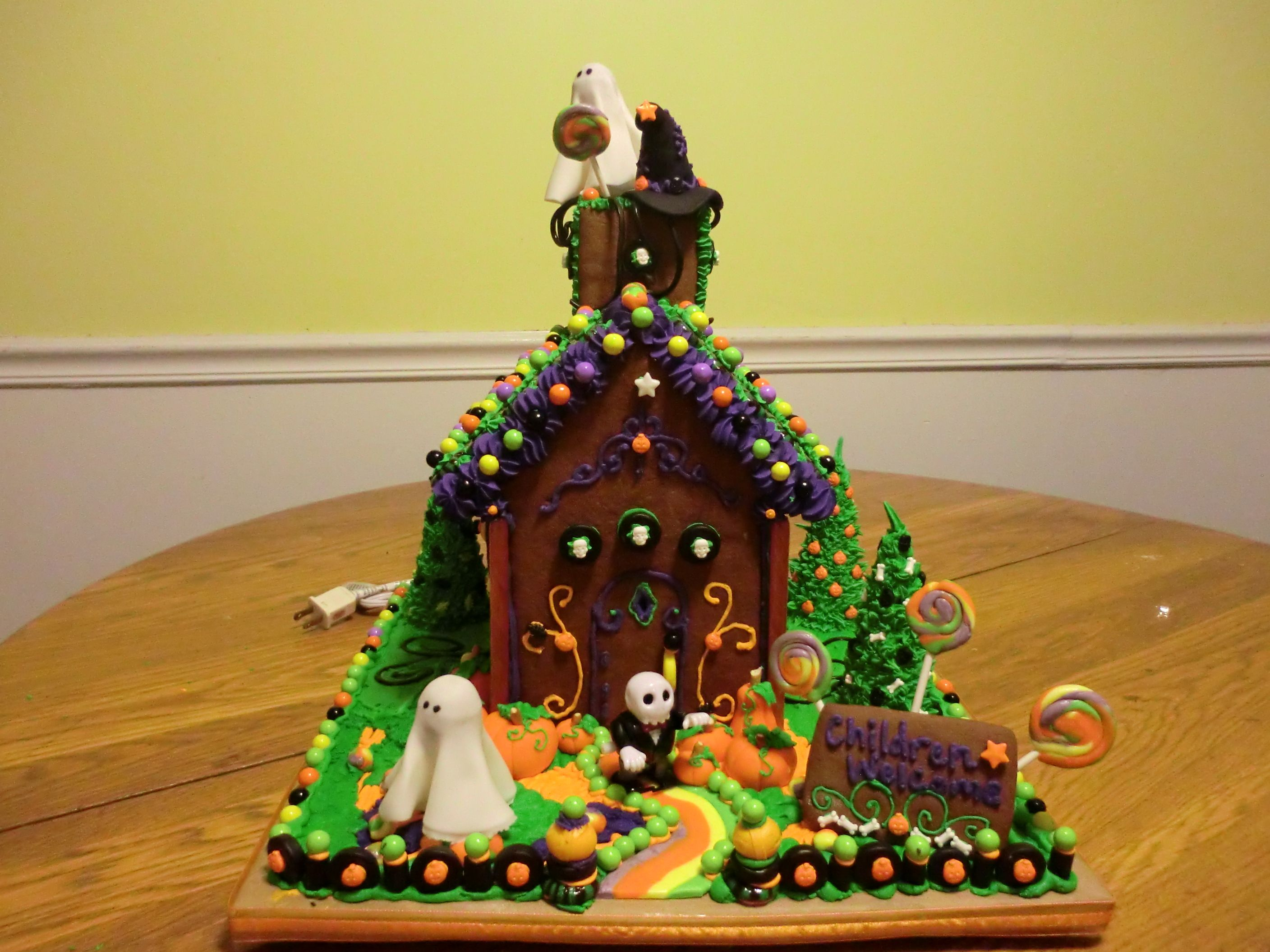 Ideas for a gingerbread house - 17 Best Images About Haunted Gingerbread Houses On Pinterest Gingerbread Houses Monster House And Mansions