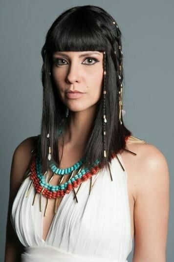 Nefertari Actual Reina De Egipto Egyptian Hairstyles Egyptian Beauty Egyptian Fashion
