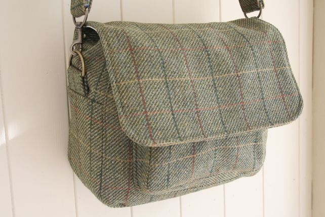 Ladies tweed satchel bag £70.00