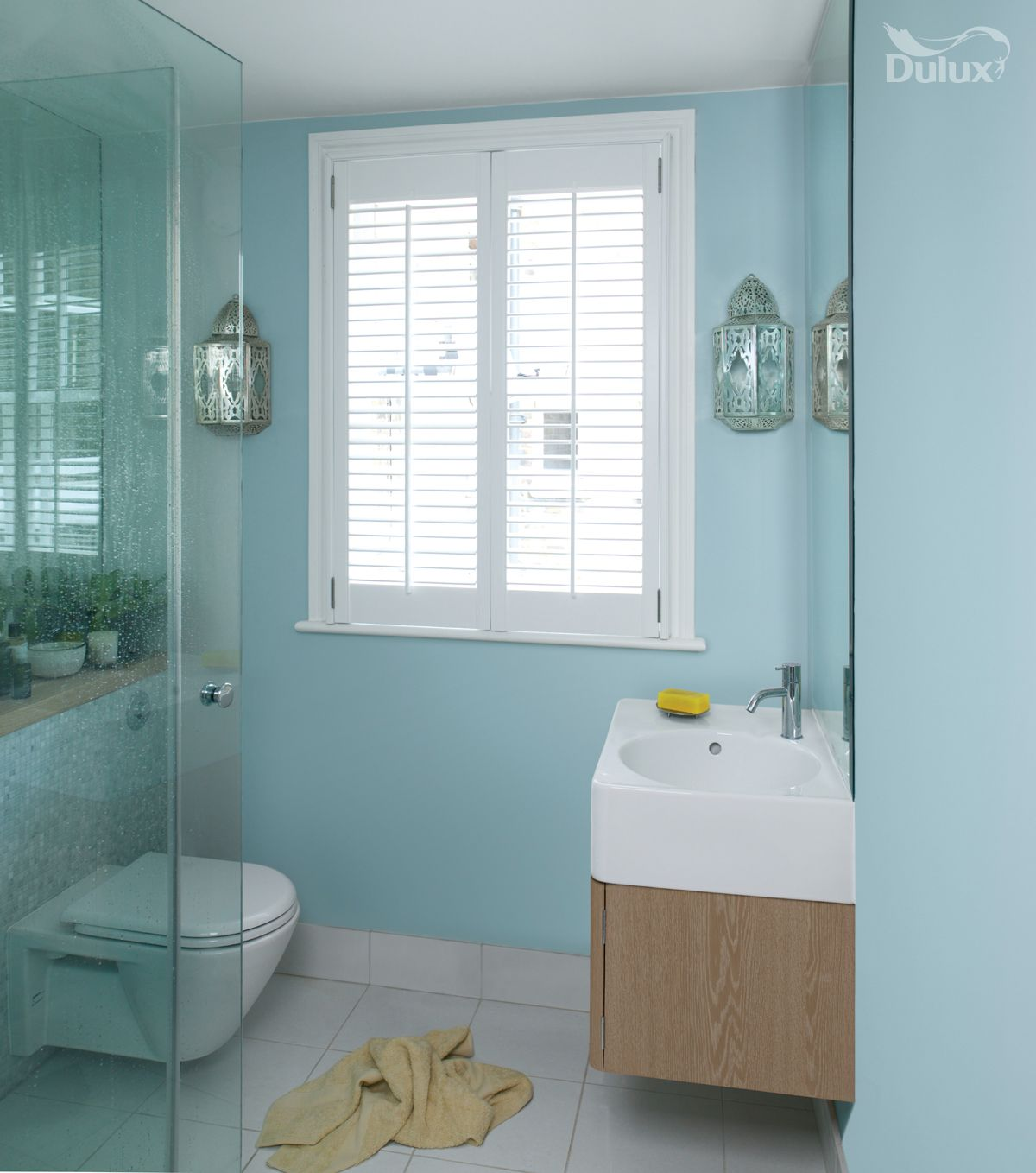 brilliantly flexible blue can be classic or contemporary
