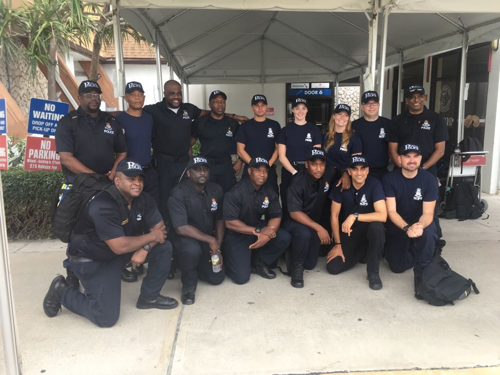 Police Officers From Cayman Head To British Virgin Islands To Assist After Hurricane Irma Officer Cayman Bvi