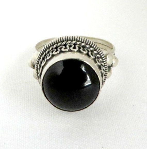 Vintage Sterling Silver Black Oynx Dome Ring Size 7