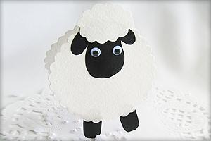 Schaf Basteln Mit Kindern Kostenlose Vorlage Und Einfache Anleitung Schafe Basteln Basteln Mit Kindern Basteln