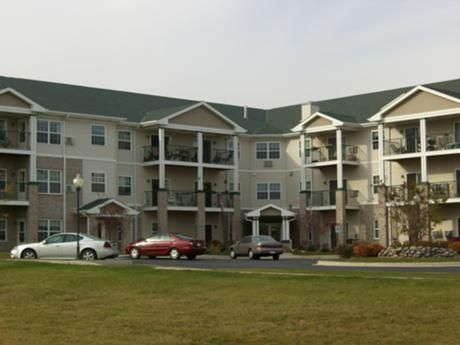 Lincoln Village Senior Affordable Apartments In Port Washington Wi Found At Affordablesearch Com Affordable Apartments Apartment Affordable Housing