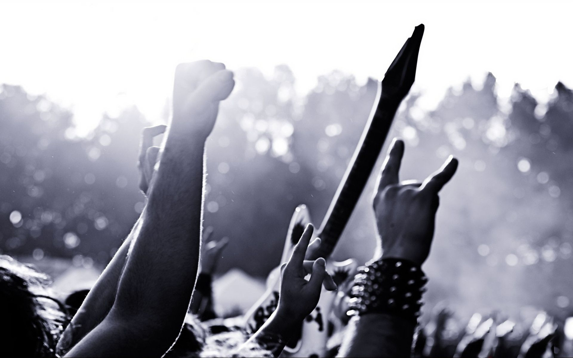 Metal music background - There Is A Fine Distinction To Be Made Between Hard Rock And Heavy Metal Music