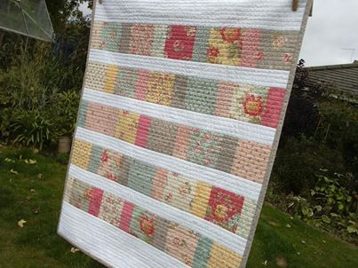 Simple but effective crib quilt by Nicola Foreman