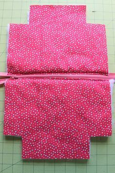 Photo of Zipper Pouch Tutorial